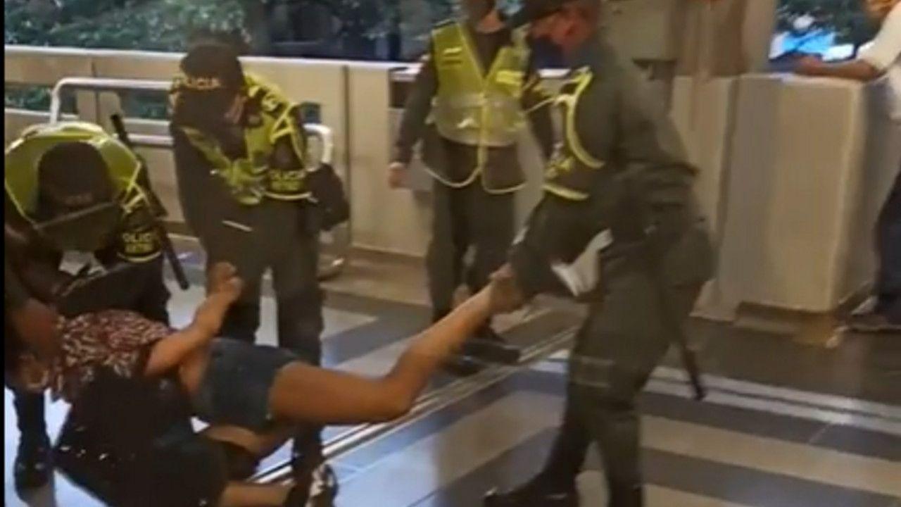 policías trans metro