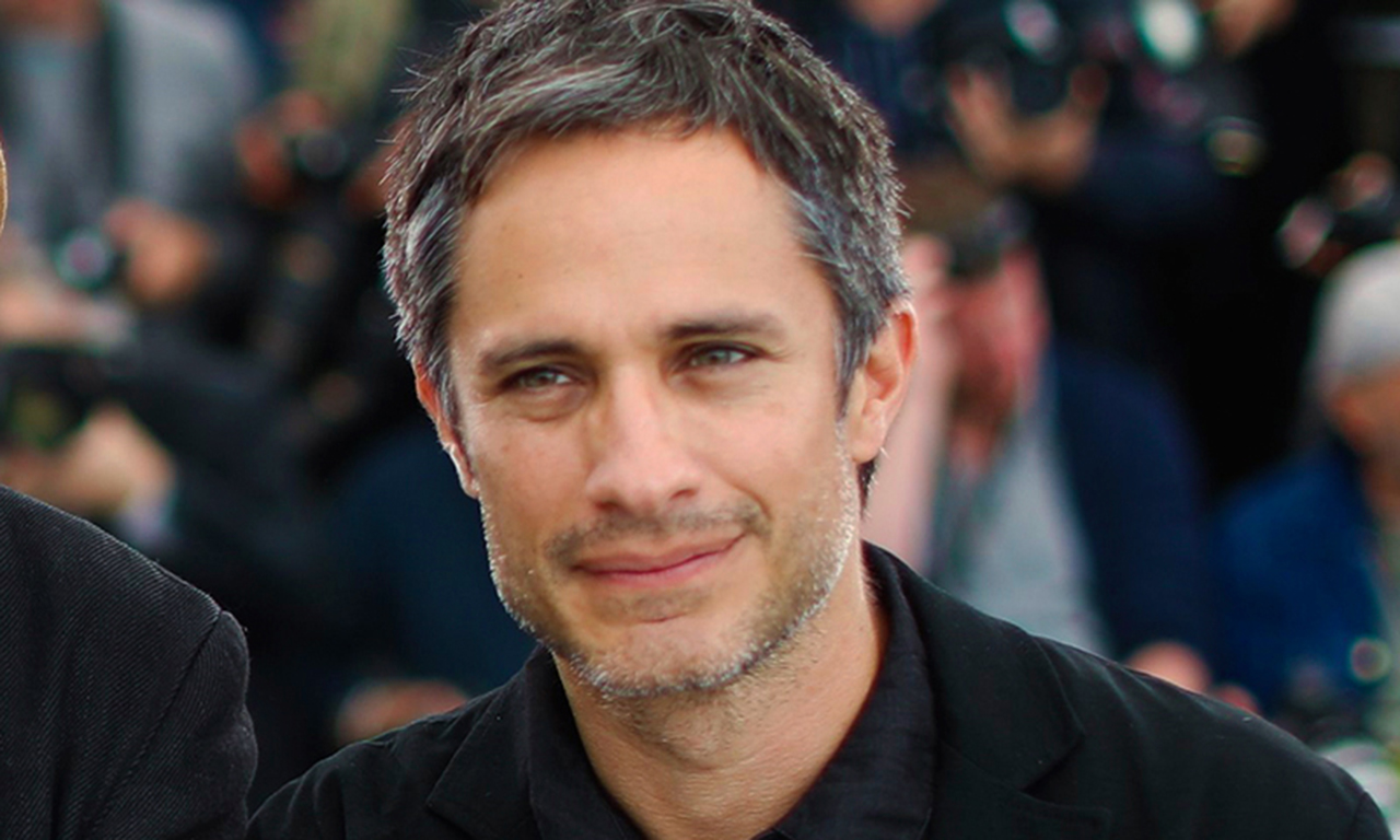 Gael García aparecerá en película sobre el luchador Cassandro.