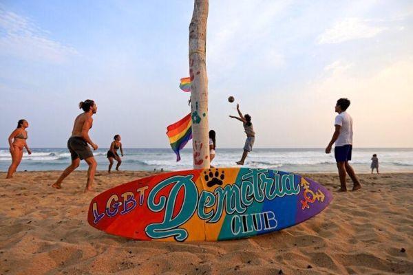 zipolite-playas-nudistas-gays-latinoamérica