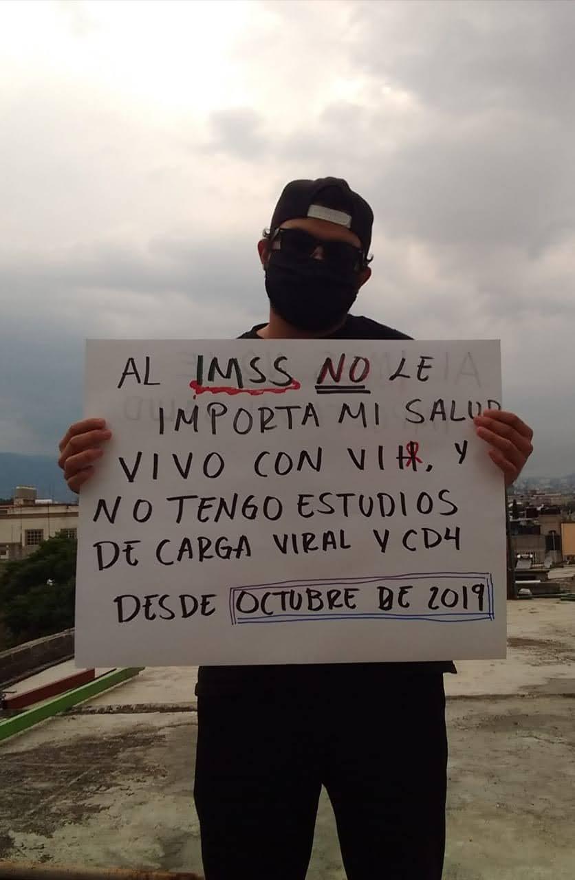 Usuario del IMSS protesta