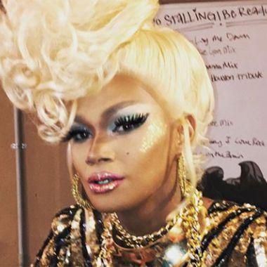 Confirman la muerte de Chichi Devayne, legendaria drag queen.