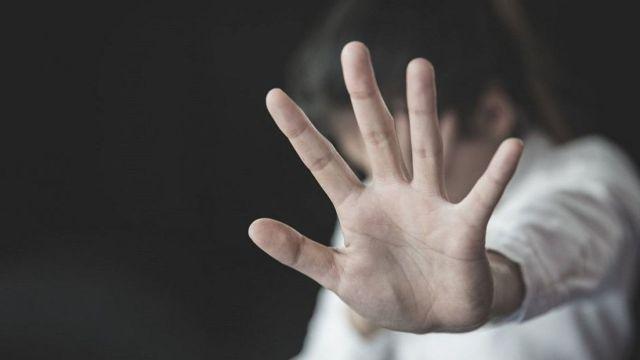 Cuando mi ligue gay me pegó entendí que la violencia es real en las relaciones.