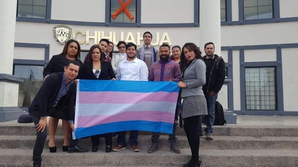 Mireya Rodríguez y otros activistas en Chihuahua