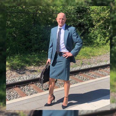Mark Bryan, el señor que usa falda