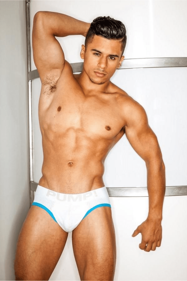 Actores de porno gay latinos Armond Rizzo