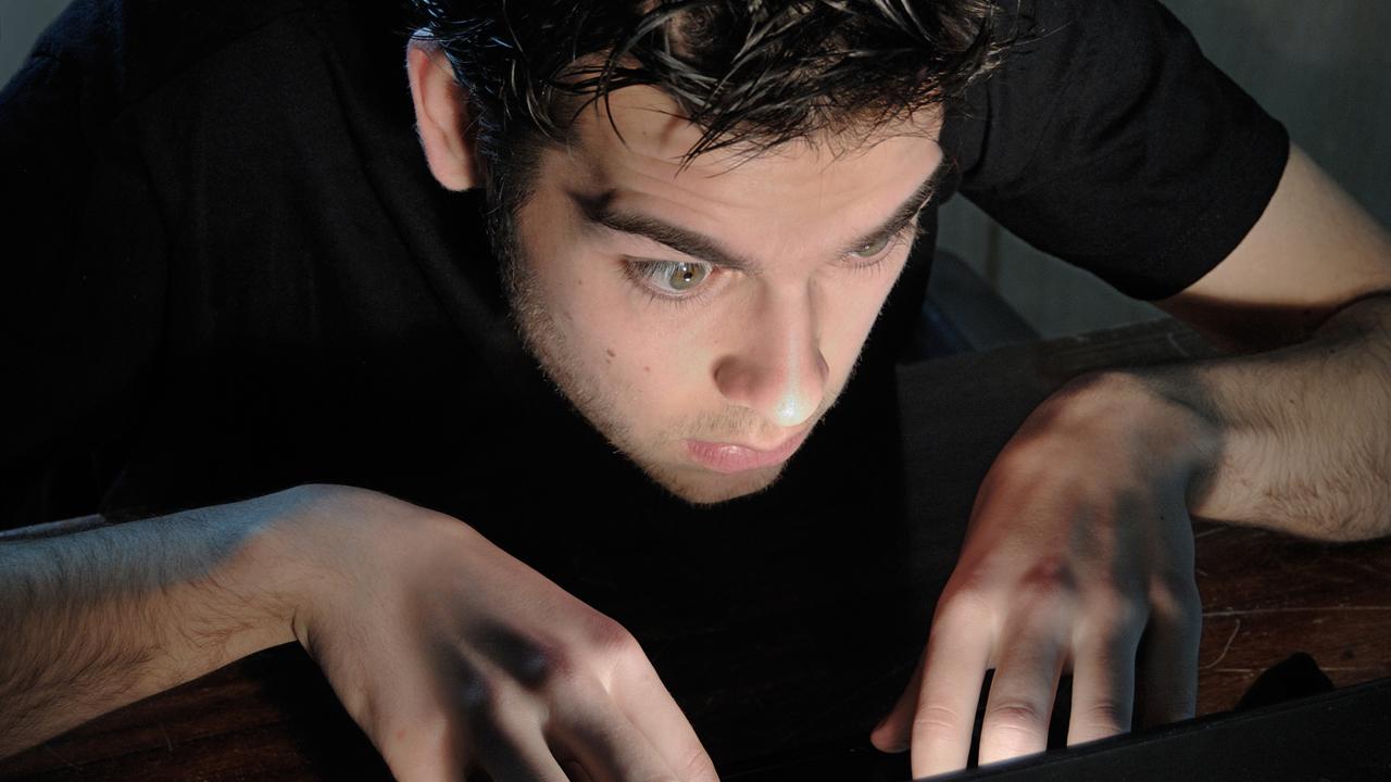 dejar stalkear ex en redes sociales