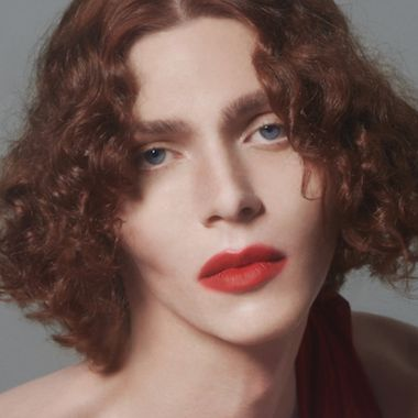 sophie artista cantante trans pop