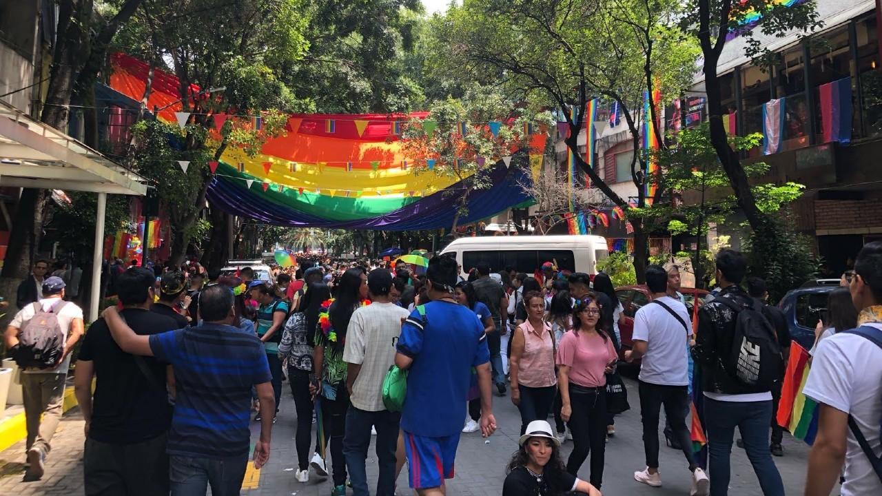Dolores Padierna cerró bares gay en Zona Rosa