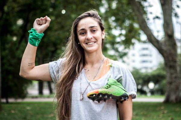 futbolistas latinas lgbt lesbiana macarena sanchez maca argentina