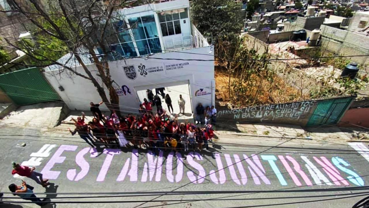 Programas y apoyos de Casa de las Muñecas Tiresias para personas LGBT+