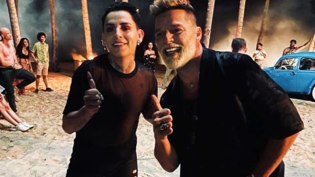 Kunno aparece en nuevo video de Ricky Martin