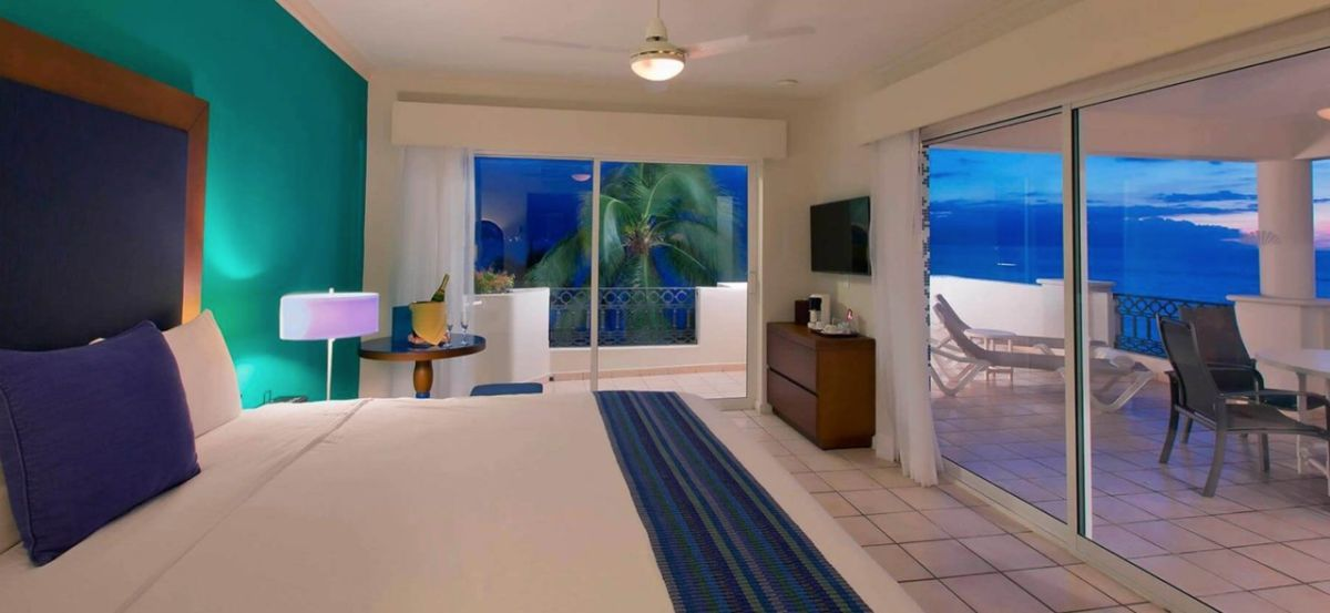 hotel crown paradise golden puerto vallarta habitaciones