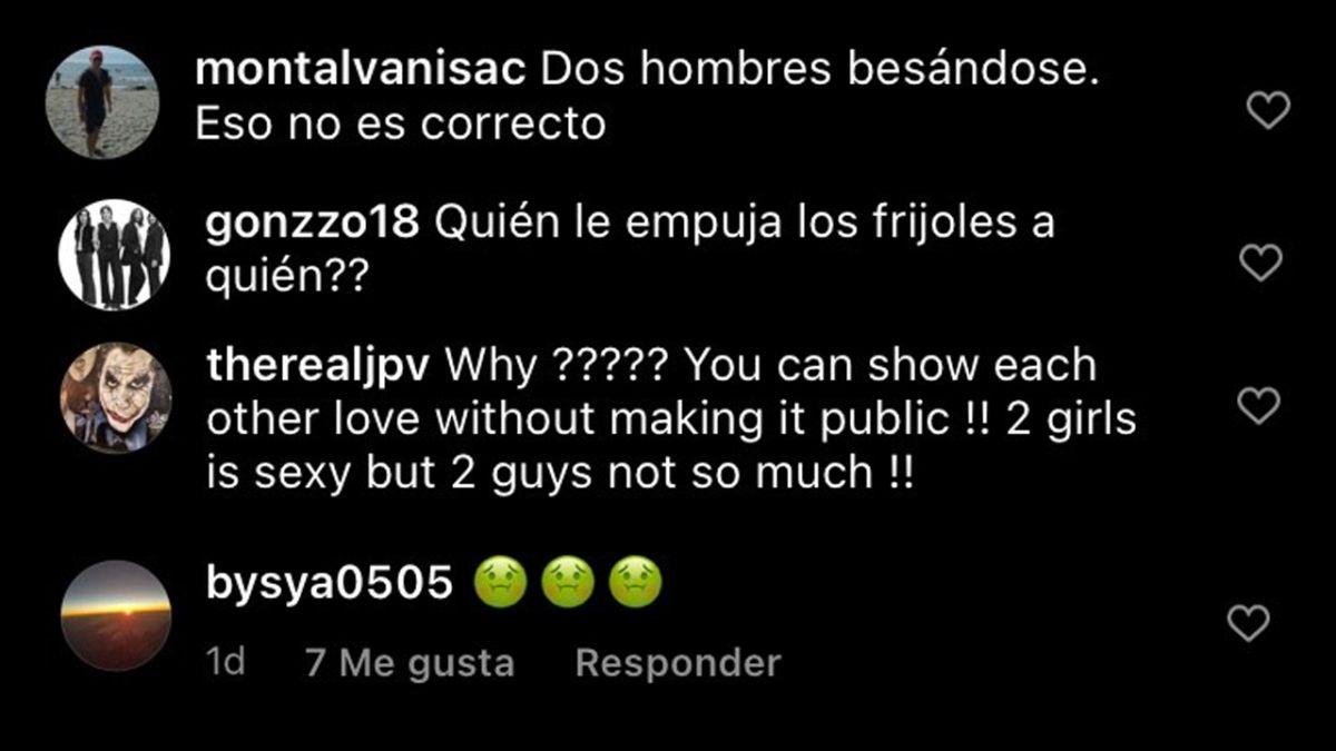 Comentarios homofóbicos