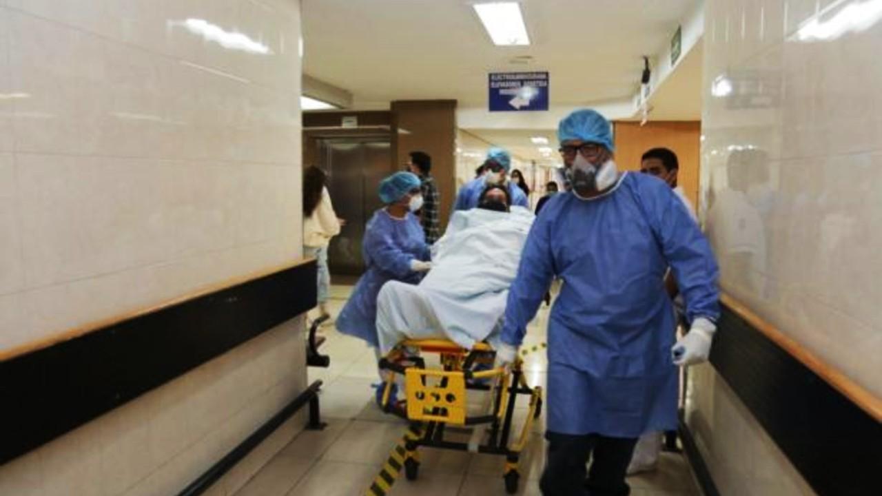 Paciente LGBT+ se estaba desangrándo y médicos no lo ayudaron