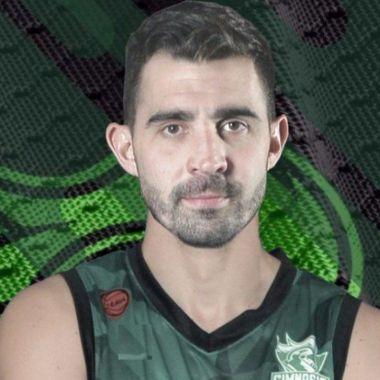 Sebastián Vega basquetbolistas gay