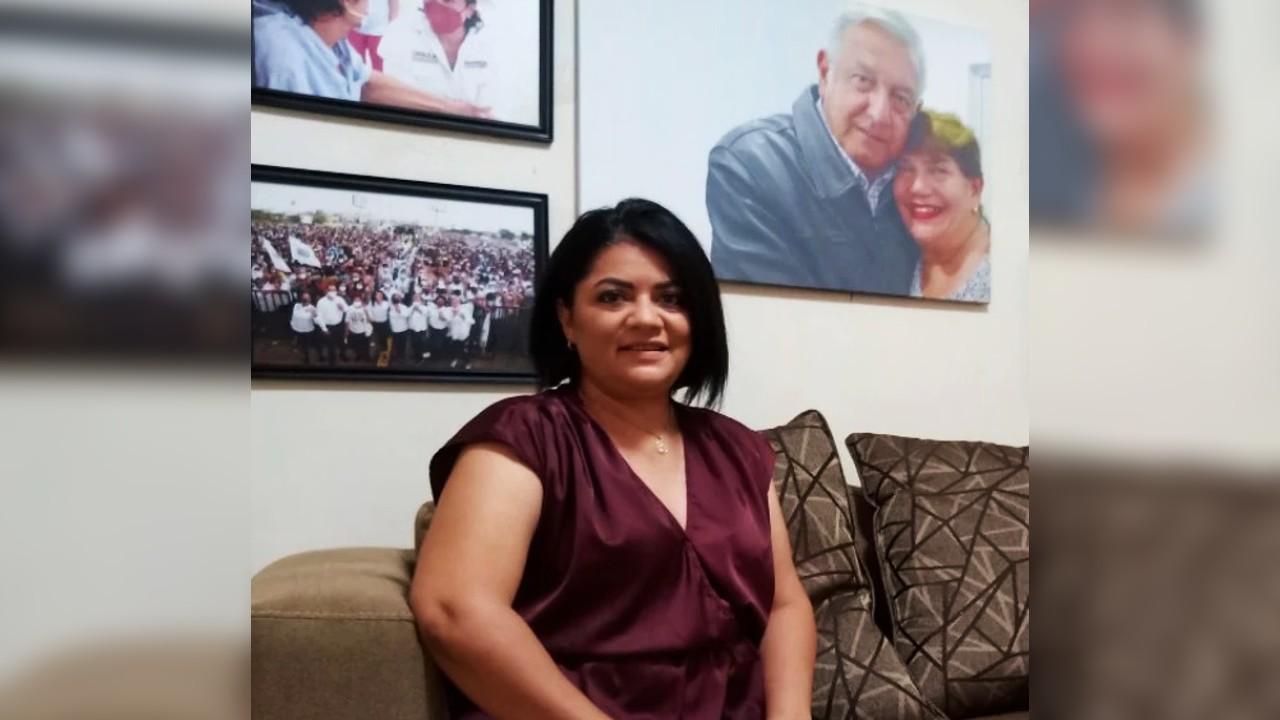 Úrsula Salazar Mojica, sobrina de AMLO, no se toma foto con bandera LGBT+