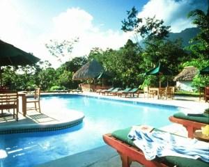 Hotels west of la ceiba