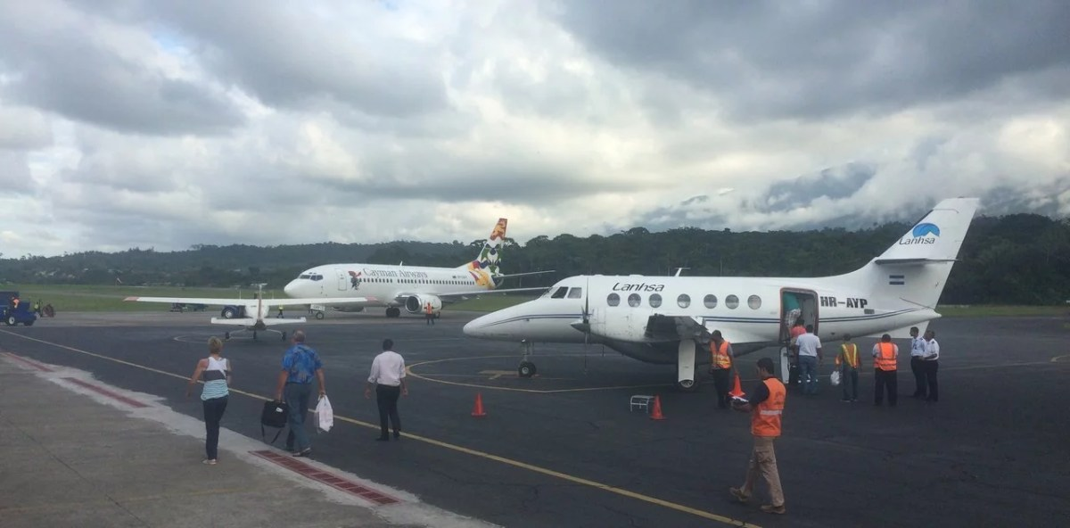 Airlines in Honduras