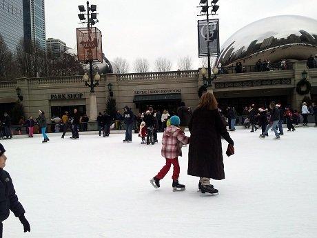 Free public skate at Millenium Park