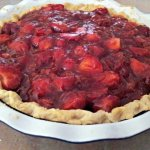 Strawberry pie ready to refrigerate
