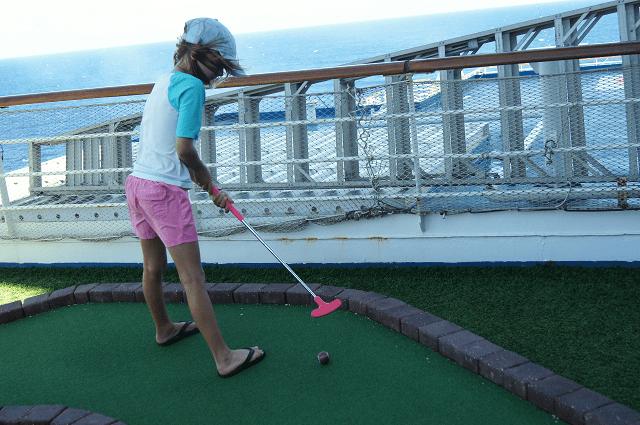 mini golf on the Carnival Valor