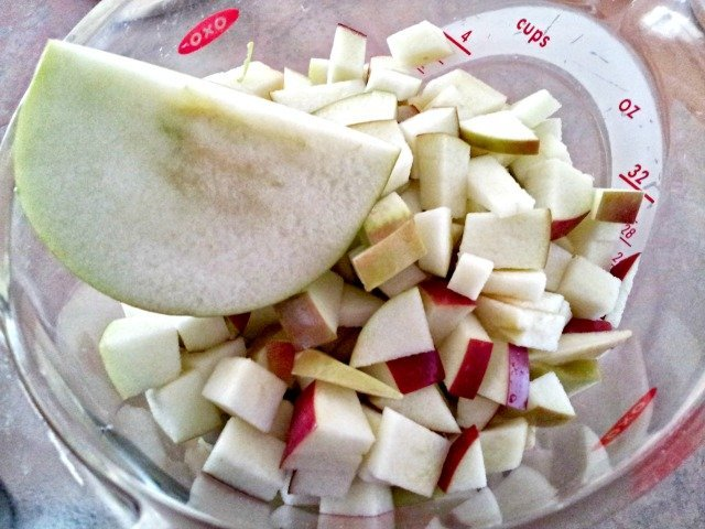 4 cups of chopped apples