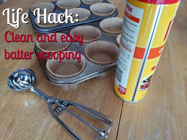 Baking Life Hack: Easy batter scooping with no mess