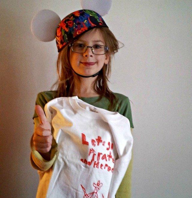 Little Miss Pirates versus Heroes #DisneySide tshirt