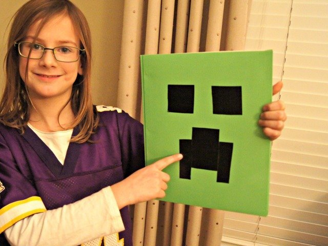 With her DIY creeper face folder