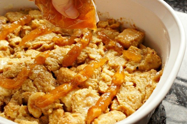 Add apple filling to cinnamon roll bread pudding
