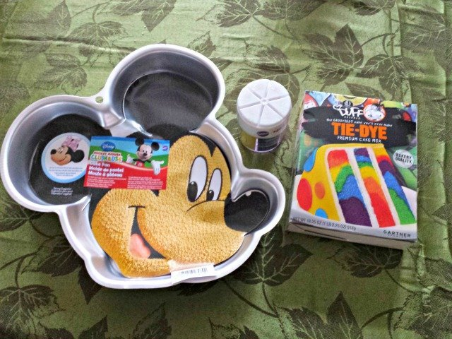 Mickey cake pan for Disney party