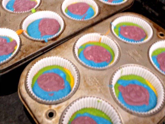 Making tie dye cupcakes