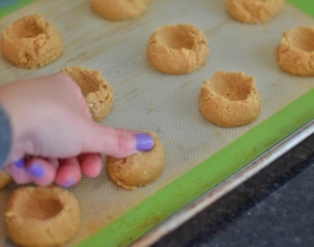 Add thumbprint to smores cookies
