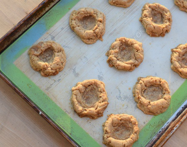 Baked graham cracker cookies