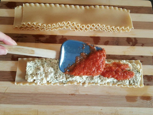 Add ingredients to noodle leaving a little off the edge