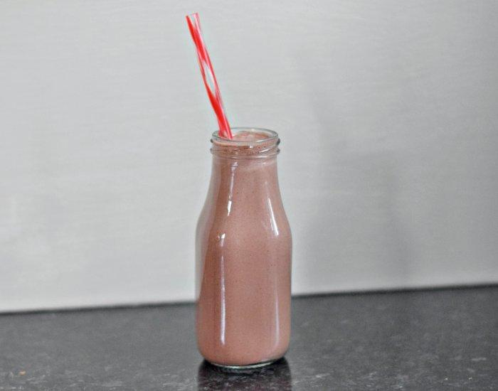 Chocolate cherry breakfast smoohie