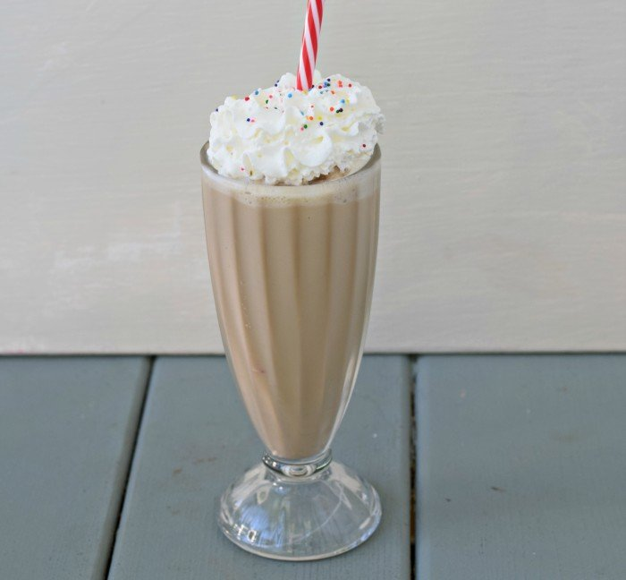 Perfect cake batter frappe recipe