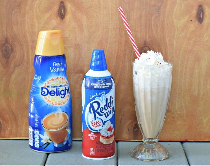 Simple recipe for a cake batter frappe