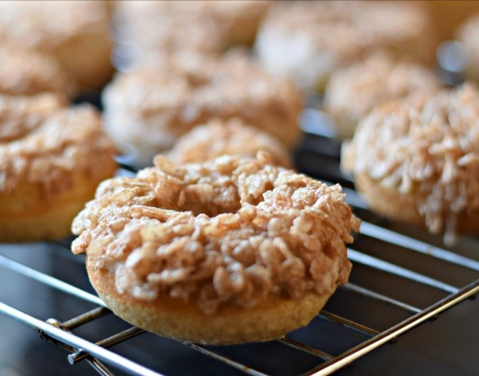 Cinnamon donuts topped with cereal crunch