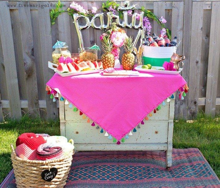 Pink Flamingos Party Plan