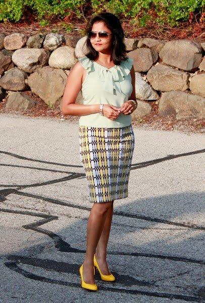 FashionablyEmployed.com | Style feature, working mom's style and lifestyle blog.