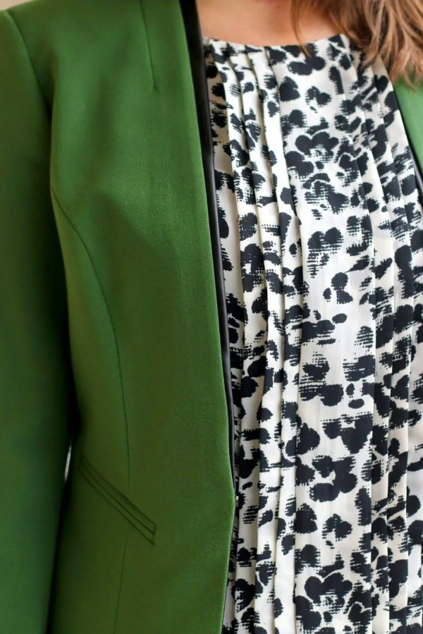 FashionablyEmployed.com | green blazer and black and white blouse | wear to work, office