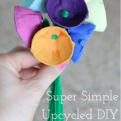 Upcycled DIY Tulip Bouquet: Mother's Day Gift Idea for Toddlers