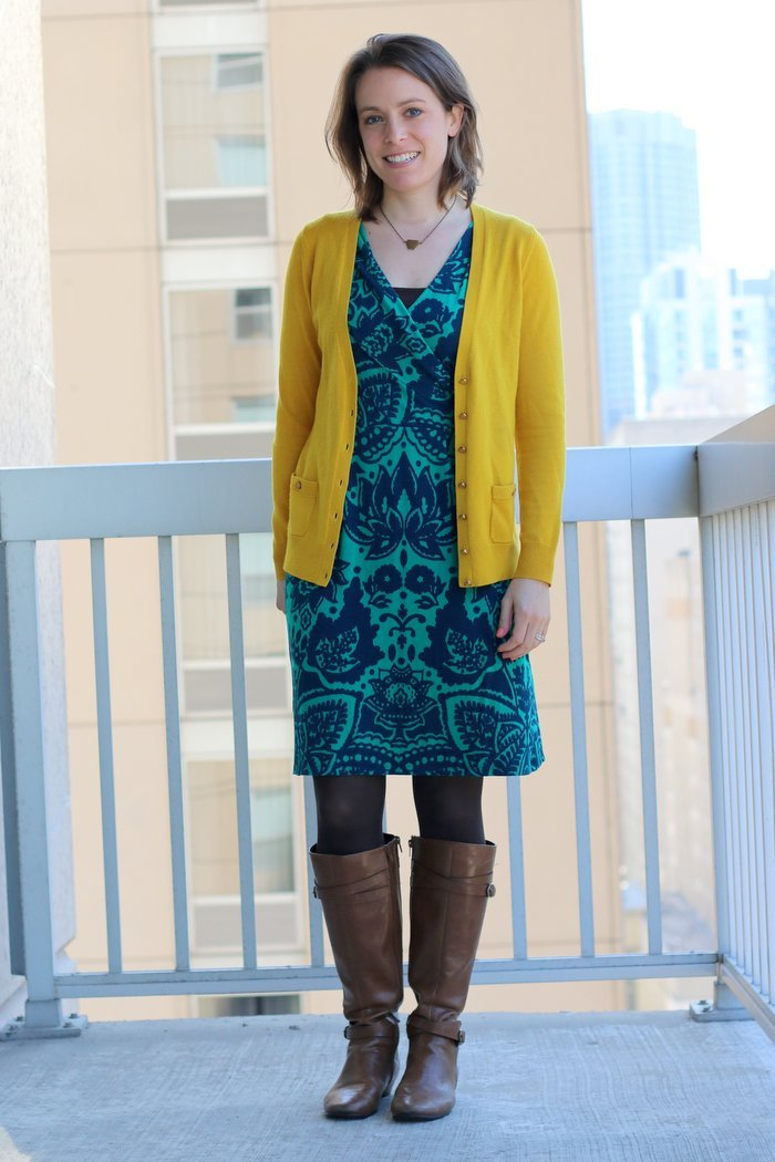 FashionablyEmployed.com | 3 Thoughts on Color Combinations by way of an apology to my wrap dress | women's workwear style, office outfit ideas