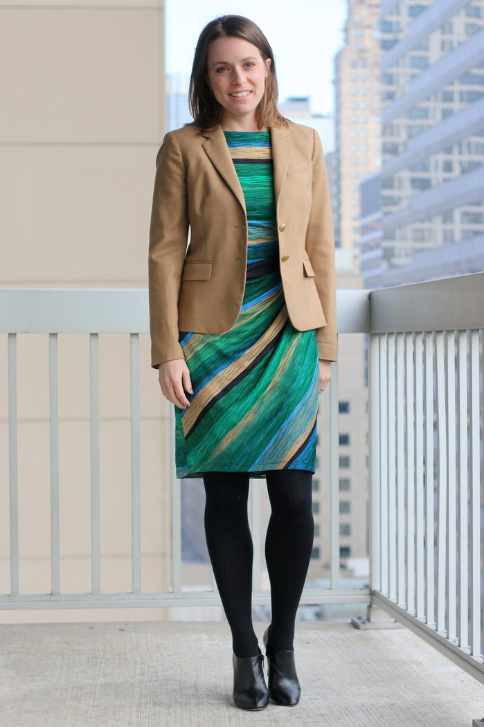 Secondhand work wear style - half sleeve dress, modest style for the office, work | FashionablyEmployed.com