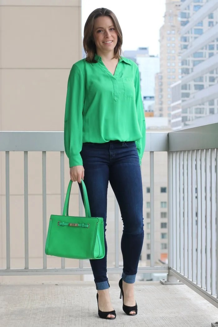 A little festive green fashion for St. Patrick's Day. Click through for details and many more business casual style ideas for everyday professional women