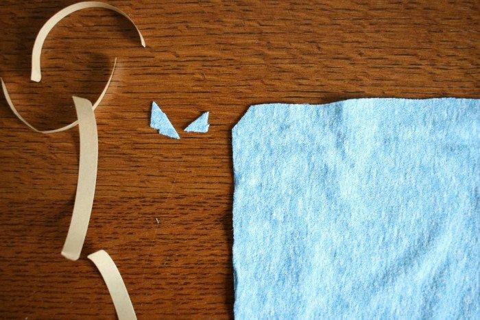 clip-off-corner-of-fabric-to-reduce-bulk-inside