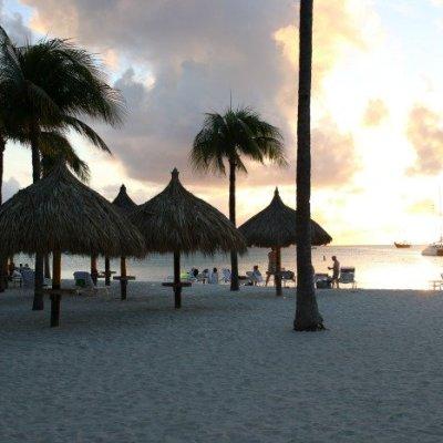 Aruba: One Happy Couple on One Happy Island