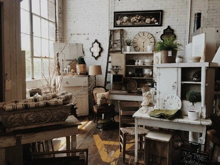 5 Great Ways To Include Antiques In Any Decor,Color Code Personality Test Results