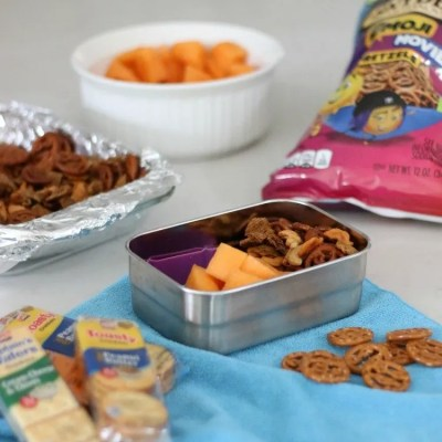 Spice Up Lunch With a Simple Homemade Seasoned Snack Mix